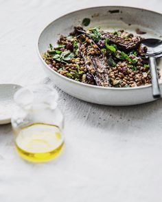 Need some super fast super delicious lunch inspo?? Make my Sumac Roasted Eggplant  Lentil  Cherry Salad ... Takes 30 minutes tops and is to die for!! Travels well in lunchboxes  plus find out about my most fav kitchen gadget!  Stunning salad bowl by @brooke_thorn (recipe NOW ON blog. Link in profile ) #cookrepublic #eggplant #sumac #salads #vegansofinstagram #glutenfreelife #dairyfree #cherries #lentils #eatwell #nourish #nothingisordinary #foodstyling #food52 #f52grams #feelgood #feedfeed…