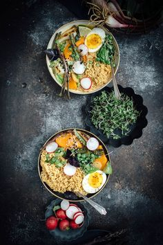 Vegetarian Spring Curry Ramen by vegetarianventures #Ramen #Vegetarian #Curry