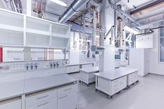 Laboratory furniture from the specialist - WALDNER Laboreinrichtungen GmbH & Co. Sci Fi Environment, Interior And Exterior, Interior Design, Lab Equipment, Medical Laboratory, Research Institute, Applied Science, Healthcare Design, Studio Setup