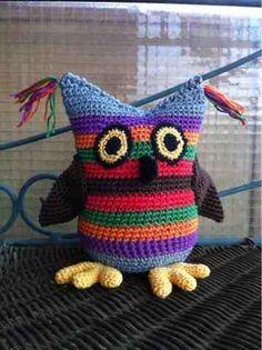 Búho Serafín Amigurumi ~ Patrón Gratis en Español Owl Crochet Patterns, Crochet Birds, Owl Patterns, Crochet Bear, Amigurumi Patterns, Crochet Animals, Crochet Flowers, Knitting Patterns, Small Sewing Projects