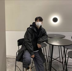 Outfits Hombre, Edgy Outfits, Cool Outfits, Boy Fashion, Korean Fashion, Fashion Outfits, Korean Couple Photoshoot, Korea Boy, Mein Style