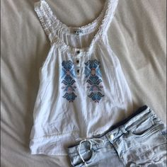 Peasant Tank Top Beautiful button peasant top • 100% cotton • brand is I ❤️ H81 Free People Tops Tank Tops