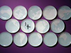 The British designer, Barnaby Barford, designed the Global Service for Porzellan Manufaktur Nymphenburg as a series of 14 plates that combine to produce a map of the world.