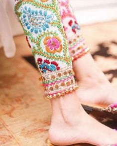 OMG Beautiful Indian Ethnic Pants, Cotton colorful Phulkari Pants (Traditional Punjabi embroidery) - Wool Thread Embroidered Cigarette Pants- Fulkari Pants. #indianfashion #punjabi #ethnic #ethnicwear #colorful #phulkari #embriodery #pants #pencilpants #churidar - by etsy @KaamdaniCouture @ @style.pk, find by @bellesadivina makeup & hair, MI