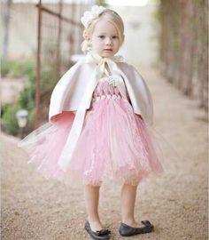 VESTIDO DE TUL, CORTO PARA NINA PEQUENA   Vestidos de niñas para bodas: Tendencia 2012-2013   Planeta Niñas