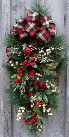 Christmas Wreath Holiday Wreath Christmas Swag by NewEnglandWreath Christmas Swags, Noel Christmas, Holiday Wreaths, Christmas Projects, Holiday Crafts, Christmas Ornaments, Winter Wreaths, Rustic Christmas, Outdoor Christmas Wreaths