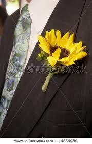Love the mini sunflower boutonniere!