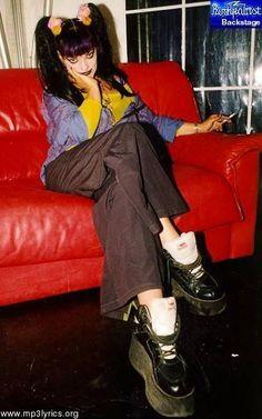 Grunge Style, Style Indie, Soft Grunge, My Style, Nina Hagen, Galaxy Converse, Tokyo Street Fashion, Doc Martins, Le Happy