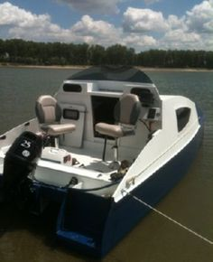 Affordable power catamarans plans designed in Wood/epoxy composite for DIY boat builders and professionals, plans, technical information and study plans. Plywood Boat Plans, Wooden Boat Plans, John Boats, Power Catamaran, Free Boat Plans, Small Sailboats, Duck Boat, Boat Building Plans, Aluminum Boat