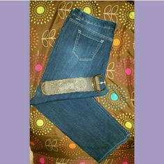 Bandolino Jeans Dark Denim jeans. No pocket design. Worn once. Bandolino Jeans Straight Leg