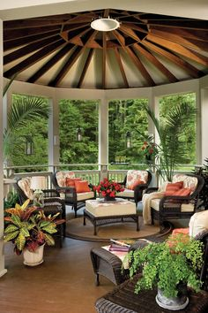 Small outdoor covered patio ideas large size of outdoor living spaces front porch decorating ideas on a budget small outdoor patio images Home Garden Design, Patio Design, Home And Garden, Exterior Design, Screened Porch Designs, Pergola Designs, Pergola Ideas, Pergola Decorations, Outdoor Rooms
