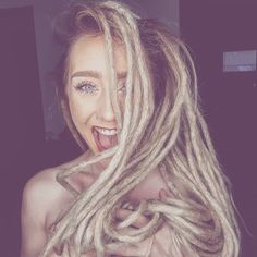 """Dreadalinaa 🌸 shared a photo on Instagram: """"🦁 1 Month & 16 Days Old  #dreadshop #dreadlocks #dreadjourney #girlwithdreads #girlswithdreads…"""" • See 181 photos and videos on their profile. White Girl Dreads, Dreads Girl, Dread Shop, 1 Month, White Girls, Dreadlocks, Profile, Photo And Video, Hair Styles"""
