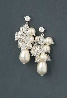 Bridal cluster cascade earrings. Swarovski crystal pearl wedding bridal earrings