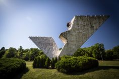 andy-day-former-architecture-parkour-world-war-II-monuments-designboom-07