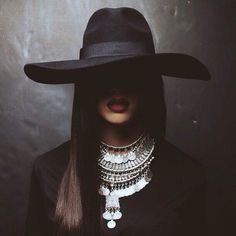 MUSIC ROUNDUP: Rihanna's Fierce Album Artwork; Prince To Release Two Albums…