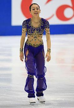 Japanese Figure Skater, Figure Skating Dresses, Cleopatra, Ice Skating, Body, Cami, Sporty, Costumes, Fashion