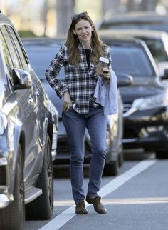 8ad1d3a01c Jennifer Garner Wears a Plaid Shirt and a Smile For a Day of Errands in LA