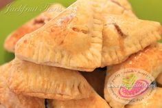 Jackfruit Tart Recipe http://www.pingdesserts.com/jackfruit-tart-recipe/