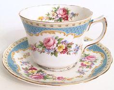 Tea Cup Set, My Cup Of Tea, Tea Cup Saucer, Tea Sets, Cute Tea Cups, English Tea Cups, Tea Party Bridal Shower, Bone China Tea Cups, Vintage Cups