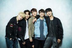 Fotos y Gifs ♡ - 040 Kim Wonpil, Jae Day6, Gifs, Young K, Fandom, Wattpad, Korean Bands, Picture Credit, Lee Know