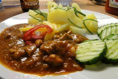 Pivovarská bašta | NejRecept.cz No Salt Recipes, Meat Recipes, Chicken Recipes, Snack Recipes, Cooking Recipes, Czech Recipes, Ethnic Recipes, Bastilla, Pork Tenderloin Recipes