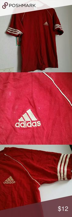 Red T-shirt Good condition Adidas Tops Tees - Short Sleeve
