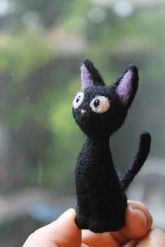 adorable felted wool Jiji from one of my favorite movies, Kiki's Delivery Service! too cute