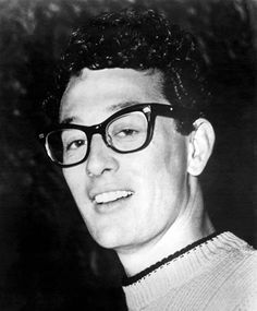 Buddy Holly's Famous Glasses and More Stars in Spectacles (Photos) Popular Bands, Popular Music, Eagles Albums, Buddy Holly Musical, 1950s Rock And Roll, Rock Roll, List Of Bands, Holly Pictures, Ritchie Valens