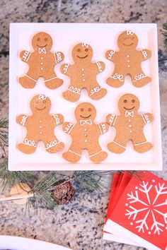 Grab my no-spread homemade gingerbread cookie recipe and let's host an amazing cookie exchange with perfect gingerbread men! Kim at The Celebration Shoppe Ginger Bread Cookies Recipe, Cookie Recipes, Dessert Recipes, Yummy Cookies, Yummy Recipes, Baking Recipes, Desserts, Gingerbread Man Cookies, Christmas Cookies