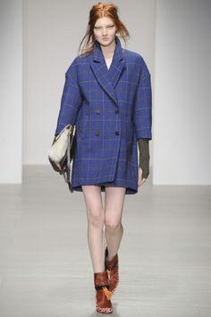 Sfilate Eudon Choi - Collezioni Autunno Inverno 2014-15 - Collezione - Vanity Fair