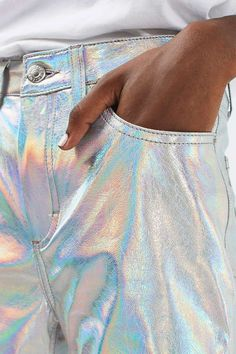 MOTO Holographic Silver Straight Leg Jeans Make a bold style statement in these eye-catching ankle-grazing straight leg jeans in a mid rise fit, with … - Youngi Sites Iridescent Clothing, Iridescent Fashion, Holographic Fashion, Stylish Outfits, Cool Outfits, Fashion Outfits, Bold Fashion, Fashion Design, Womens Preppy Outfits