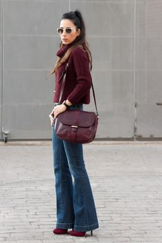 http://www.withorwithoutshoes.com/2015/03/jeans-acampanados-jersey-burgundy-WOWS.html