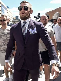 McGregor Mayweather final press conference LIVE: Floyd Mayweather and Dana White speak out Conor Mcgregor Suit, Mcgregor Suits, Notorious Conor Mcgregor, Connor Mcgregor, Mens Fashion Blog, Mens Fashion Suits, Man's Overcoat, Purple Suits, Tan Suits