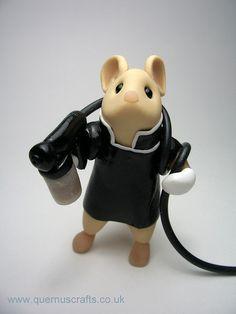 Spray Tanning Mouse - super adorable! #airbrushtan #spraytan #sunlesstan