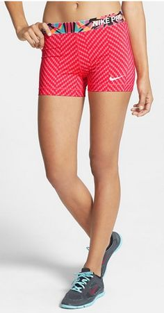 Nike compression shorts http://rstyle.me/n/nettdnyg6
