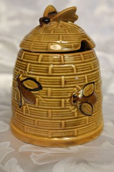 Vintage Bee Hive Honey Pot $14.99