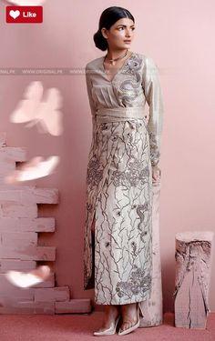Teena Durrani Liquid gold Luxury Pret Contemporary 2017 #Teena Durrani #Teena DurraniLiquid gold #Teena DurraniLuxury Pret Contemporary #Teena Durrani2017 #Teena Durranifashion #womenfashion's #fashion #lasdiesfashion #style #fashion #womenfashion Whatsapp: 00923452355358 Website: www.original.pk