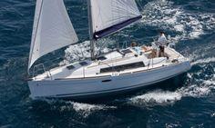 Charter Beneteau Oceanis 31 in Barcelona in Barcelona