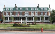 The Martha Washington Inn is considered to be one of the most haunted places in Virginia. If you are searching for haunted places to stay, particularly a haunted inn, you are likely to find this structure to be absolutely perfect as far as accommodations are concerned. The Marsha Washington Inn is considered a historic landmark located in the State of Virginia.
