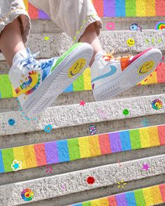 Aesthetic Shoes, Aesthetic Fashion, Aesthetic Clothes, Diy Vetement, Rainbow Aesthetic, Hype Shoes, Painted Shoes, Looks Style, Custom Shoes