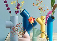 Floreiras e Hortas feitas com Tubos de PVC - http://coisasdamaria.com/floreiras-e-hortas-feitas-com-tubos-de-pvc/