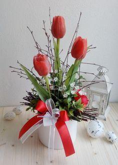 Artificial Flower Arrangements, Artificial Flowers, Floral Arrangements, Paper Flower Wall, Paper Flowers, Flower Arrangement Designs, Flowers In Jars, Clay Pot Crafts, Valentine Decorations