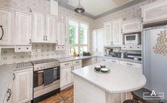 Rustic Kitchen, Kitchen Island, Home Decor, Island Kitchen, Homemade Home Decor, Primitive Kitchen, Decoration Home, Kitchen Rustic, Interior Decorating