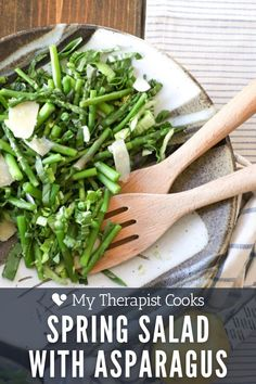 This raw bok choy salad with asparagus and peas is one of the most delicious easy and healthy salad recipes! A no-dressing dressing with lemon juice and olive oil + some fresh parmesan rounds out this gluten free side or main dish. Round this spring salad out with some favorite grilled chicken, your favorite pasta, orzo, egg, shortcut focaccia, or serve this as a cold vegetable side dish! Healthy Dinners For Kids, Healthy Weeknight Dinners, Easy Family Meals, Asparagus Salad, Asparagus Recipe, Easy Salads, Healthy Salad Recipes, Salad Dishes, Spring Salad