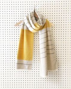 Big Cashmere Scarf Merino Yellow White Gray Big Scarf x Woven Scarves, Striped Scarves, Knitting Paterns, Loom Knitting, Loom Scarf, How To Purl Knit, Scarf Design, Tear, Textiles