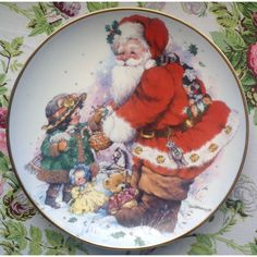 Vintage Christmas Plate/Santa Claus/ 'Exchanging Christmas Love' by... ($16) ❤ liked on Polyvore featuring home, home decor and holiday decorations