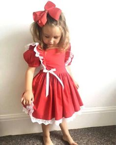 Hand Made Red or blue cotton dress with lace frills ruffles Vintage style girls dress. Scarlett Dresses, Girls Party Dress, Vintage Style Dresses, Julia, Cute Outfits For Kids, Holiday Outfits, Vintage Looks, Cotton Dresses, Flower Girl Dresses