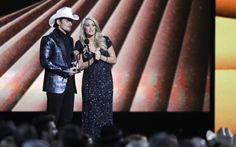 Why Brad Paisley's self-deprecating 'black-ish'/'white-ish' joke at the CMAs was a bad idea. (But not racist.) - The Washington Post