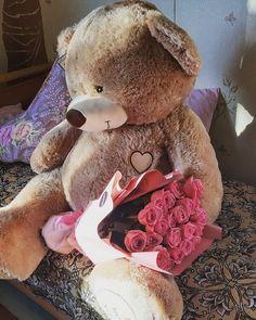 Giant Teddy Bear, Cute Teddy Bears, Birthday Goals, Mom Birthday Gift, Valentines Day Teddy Bear, Teddy Bear Gifts, Best Friend Drawings, Teddy Bear Pictures, Cute Cartoon Animals