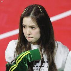 Check out Black Velvet @ Iomoio Red Velvet アイリーン, Irene Red Velvet, Seulgi, Kpop Girl Groups, Kpop Girls, Asian Music Awards, Cute Girls, Cool Girl, Red Velet